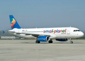 TheVRSoldier Small Planet Airlines VR In-flight